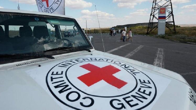 مقتل موظف في الصليب الأحمر بعد هجوم على قافلة مساعدات في مالي