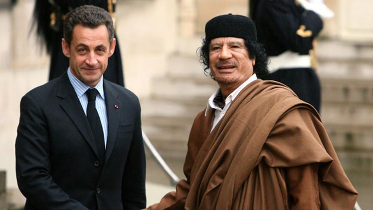 توقيف نجل وزير فرنسي سابق في قضية تمويل القذافي لحملة ساركوزي