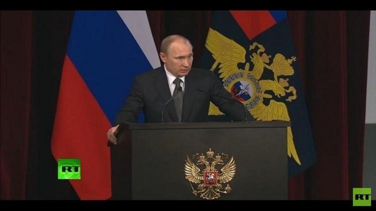 احتجاز 4 أشخاص على خلفية مقتل السياسي الروسي نيمتسوف