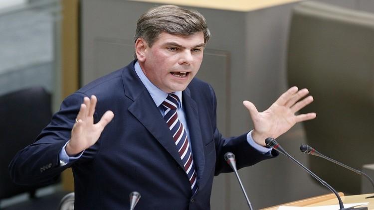 برلماني بلجيكي: الأسد حليف ضد الإرهاب
