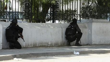 جانب من العملية الأمنية لتحرير الرهائن في متحف باردو