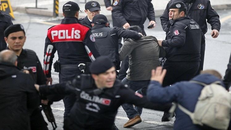 اسطنبول.. احتجاجات إثر مقتل المدعي العام