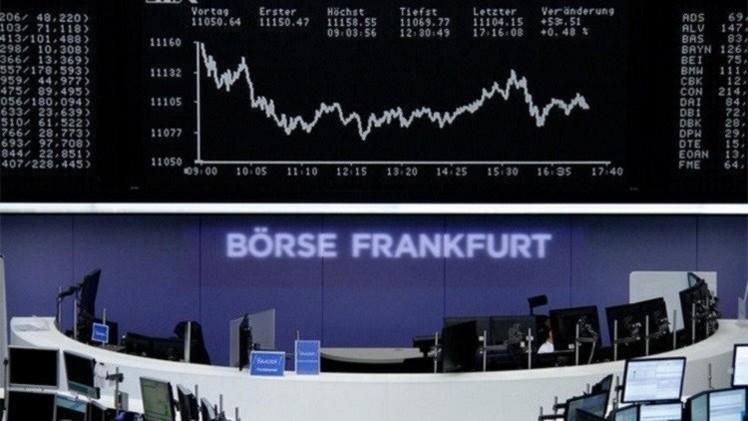 المؤشرات الأوروبية تتباين على خلفية أنباء بشأن اليونان