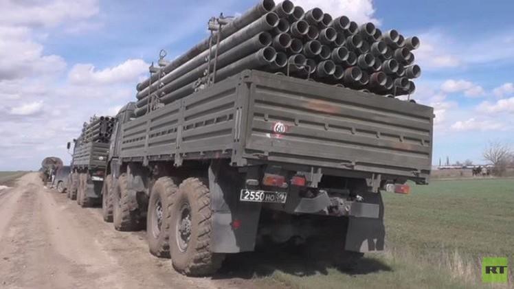 الجيش الروسي يطلق مشروع مد خط أنابيب الماء إلى القرم (فيديو)