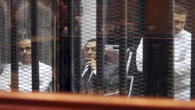تأجيل جلسة إعادة محاكمة مبارك ونجليه