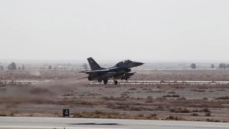 تحطم  طائرة عسكرية أردنية  ومقتل طاقمها قرب الحدود السورية