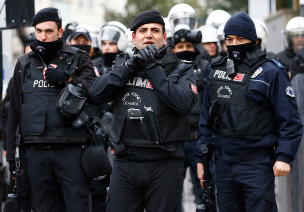 تركيا.. تبرئة 62 عسكريا من تهمة تدبير انقلاب على أردوغان