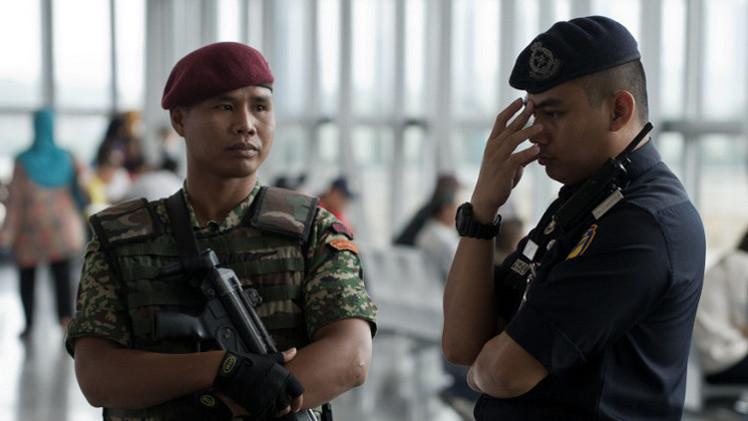 ماليزيا.. اعتقال 17 شخصا خططوا لهجمات إرهابية