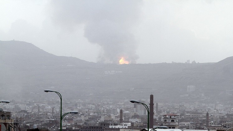 """""""عاصفة الحزم"""" توسع أهدافها والحوثيون يتراجعون عن عدن (فيديو)"""