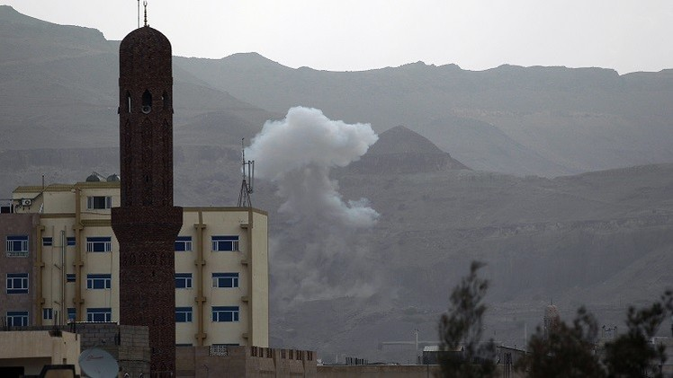 عسيري: التحالف استهدف الألوية والمعسكرات التي لا تزال تدعم الحوثيين عسكريا