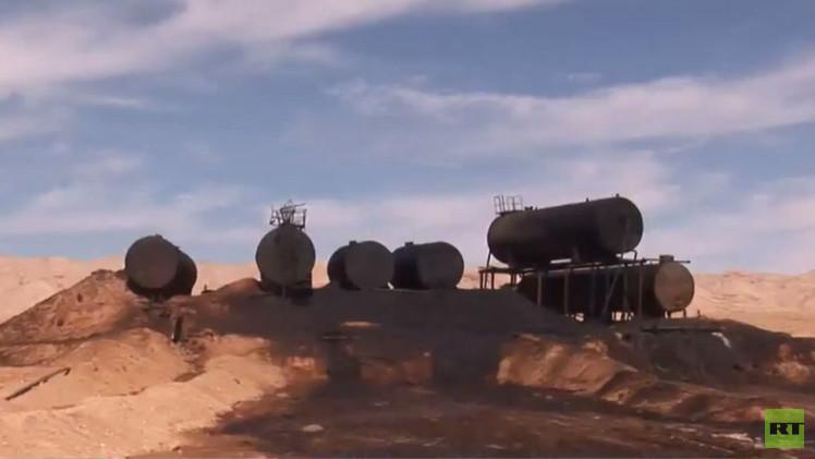 صحيفة: داعش يفقد السيطرة على غالبية آبار النفط في العراق