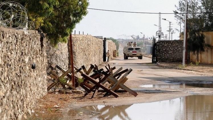 مراسلنا: مقتل جنديين مصريين في تفجير بالعريش