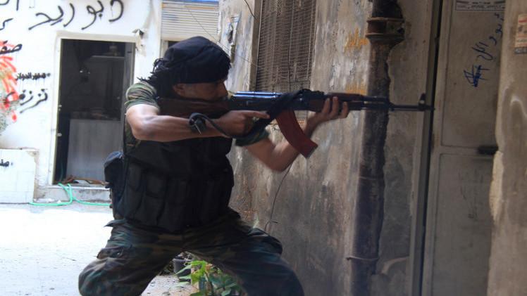 فصائل فلسطينية تنسق مع الجيش السوري لطرد