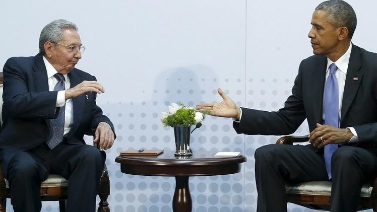 أوباما يجتمع بكاسترو ويتحدث باقتضاب مع مادورو