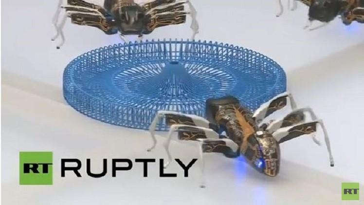 نمل وفراشات روبوتية في معرض هانوفر الدولي للتقنية (فيديو)