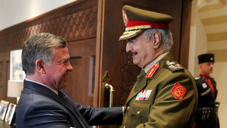 العاهل الأردني يبحث مع حفتر  الأوضاع في ليبيا