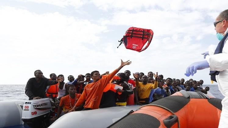خفر السواحل التونسي ينقذ 98 مهاجرا غير شرعي