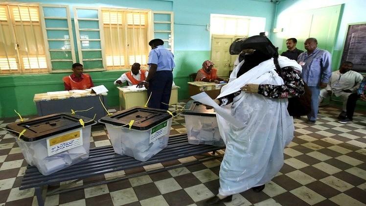 في ثاني أيام الانتخابات السودانية.. تراجع الإقبال على مراكز الاقتراع