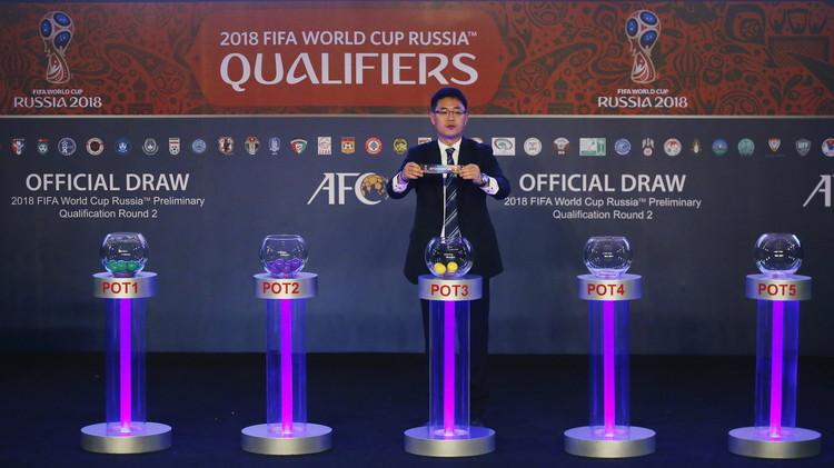الإمارات تصطدم بالسعودية في تصفيات كأس العالم 2018