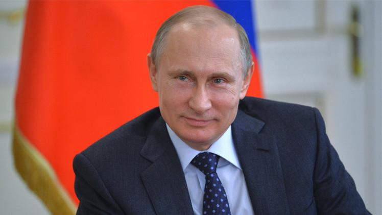 7.6 ملايين روبل دخل بوتين عام  2014