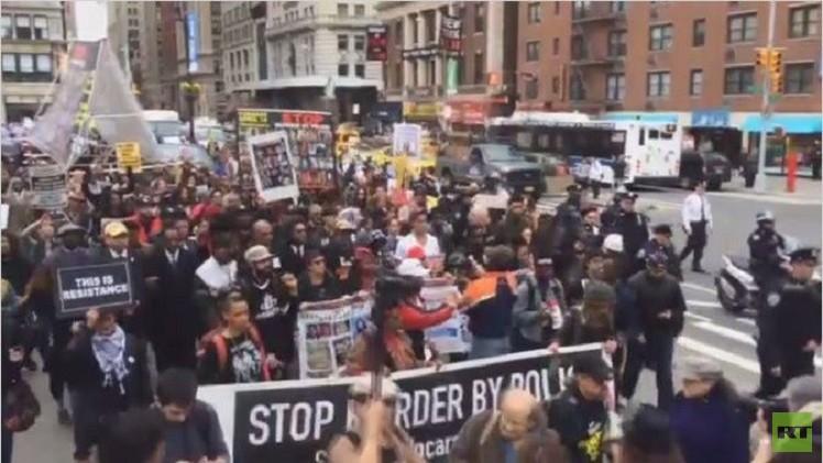 نيويورك.. احتجاجات على عنف وعنصرية الشرطة (فيديو)