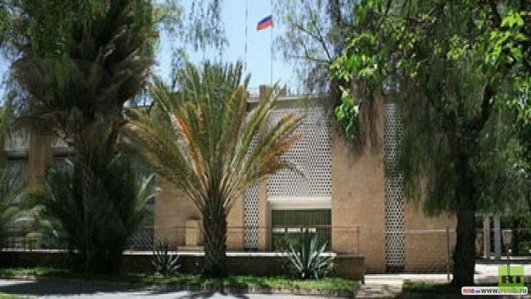 السفارة الروسية في اليمن تمارس عملها كالمعتاد
