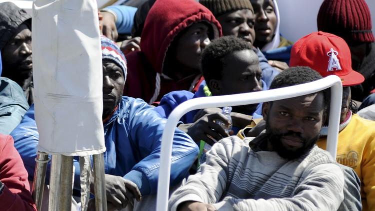 غرق 41 مهاجرا غير شرعي أثناء محاولتهم الوصول إلى إيطاليا