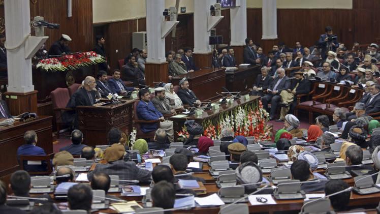 البرلمان الأفغاني يمنح الثقة للحكومة الجديدة
