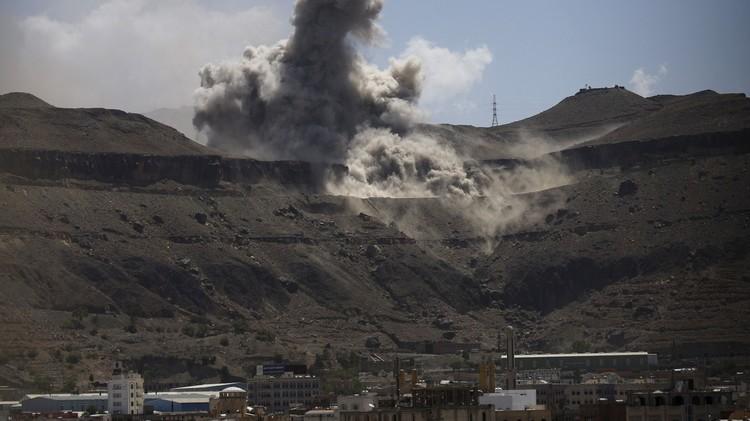 عسيري: اللجان الشعبية داخل عدن تتقدم ومقتل جندي سعودي قرب الحدود