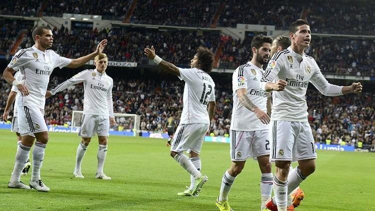 ريال مدريد يجهز على مالقا ويواصل مطاردته لبرشلونة
