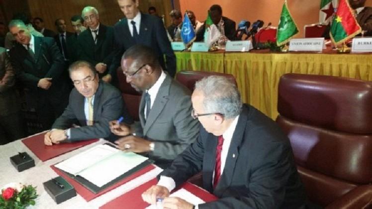 الوساطة الدولية تدعو إلى توقيع اتفاق السلام في مالي