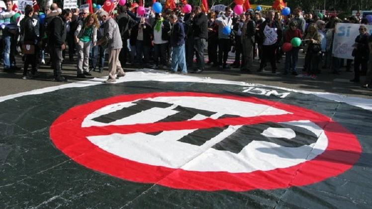 مظاهرات في أوروبا احتجاجا على اتفاقية التبادل التجاري الحر مع الولايات المتحدة