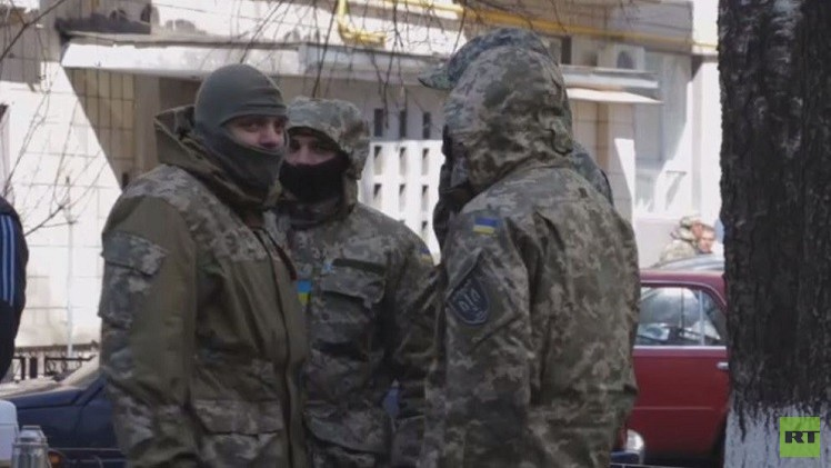 الجيش الأوكراني: جميع كتائب المتطوعين في دونباس تعمل تحت إمرة المؤسسة العسكرية