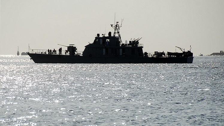 السفن الإيرانية المرابطة بخليج عدن تبتعد عن اليمن