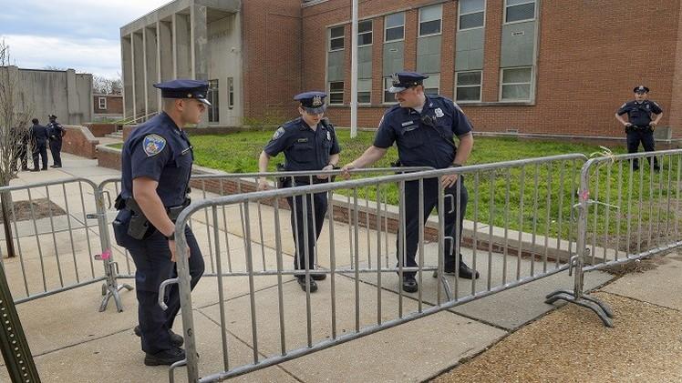 واشنطن تحقق في مقتل مواطن من أصل إفريقي بمركز للشرطة
