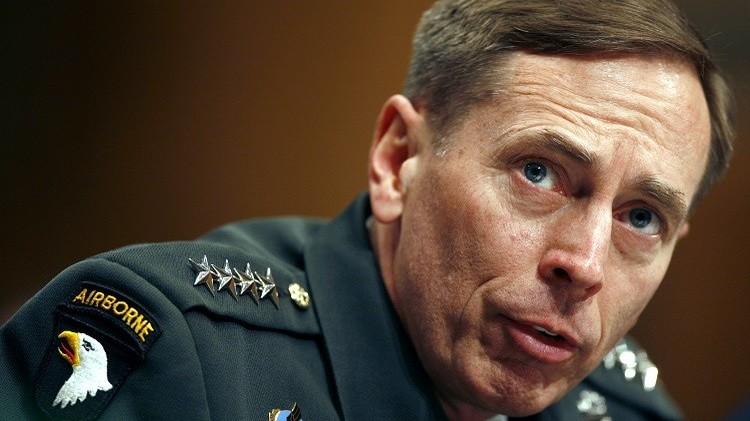 وضع القائد السابق للعمليات العسكرية الأمريكية بالعراق تحت المراقبة وتغريمه