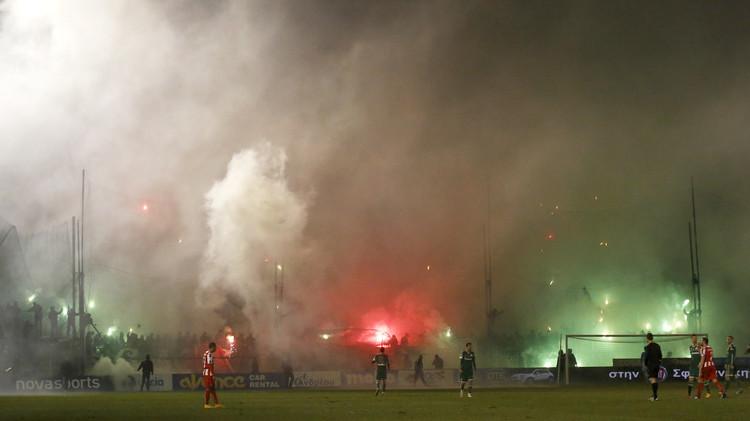 الفيفا واليوفا يحذران اليونان من التدخل في شؤون كرة القدم
