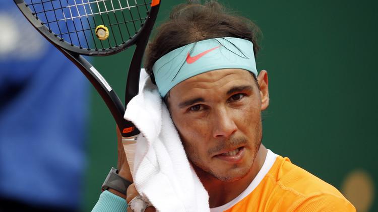 فونيني يقضي على آمال نادال قبل بطولة فرنسا المفتوحة