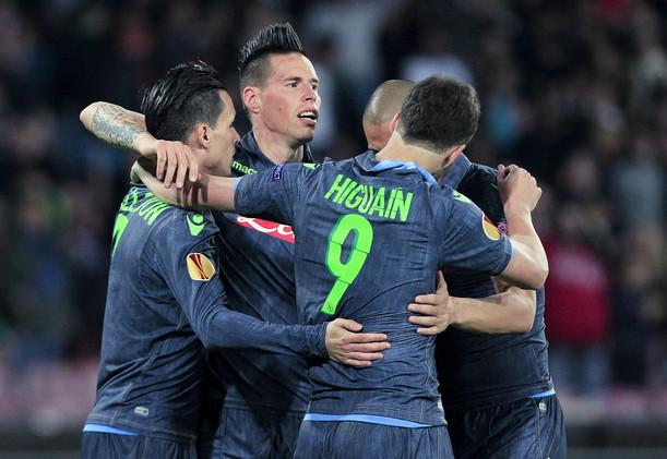 نابولي إلى نصف نهائي الدوري الأوروبي لكرة القدم