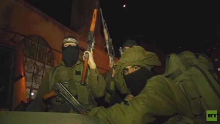 عرض عسكري للقسام في شوارع غزة (فيديو)
