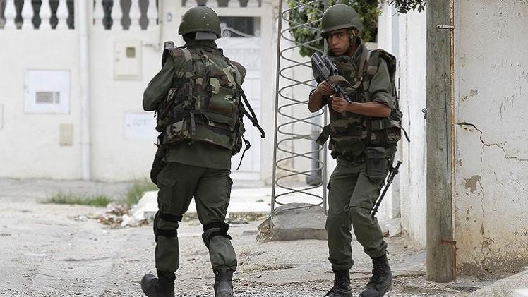 تونس.. مقتل 10 مسلحين و3 جنود في مواجهات قرب الجزائر