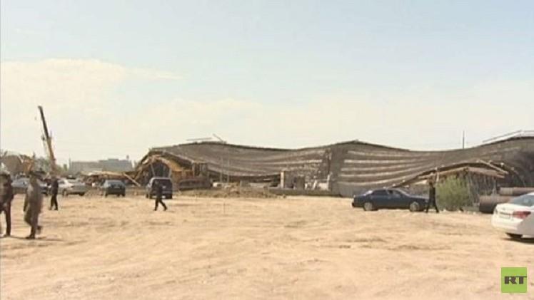 انهيار جسر قيد البناء في كازاخستان (فيديو)