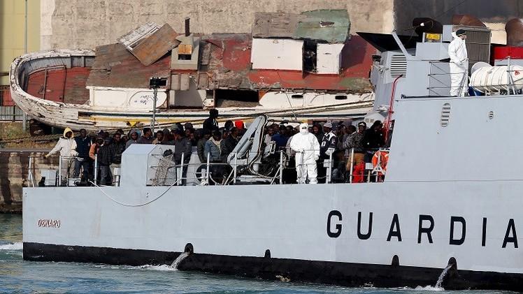 خفر السواحل الإيطالي ينقذ 274 مهاجرا قبالة السواحل الليبية