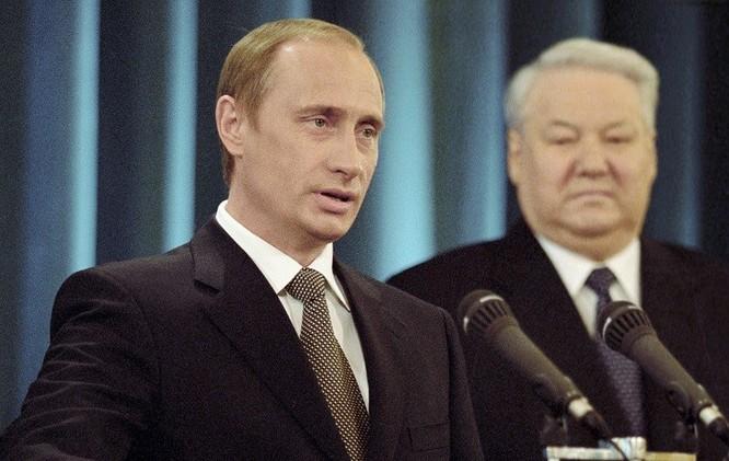 في الذكرى الـ15 لانتخابه.. بوتين يتحدث عن محطات مفصلية في مسيرته الرئاسية
