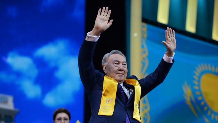 نزاربايف يؤدي اليمين الدستورية بعد إعادة انتخابه رئيسا لكازاخستان (فيديو)