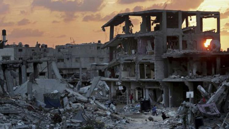 إسرائيل تسمح بإدخال 14 ألف طن من مواد البناء إلى قطاع غزة