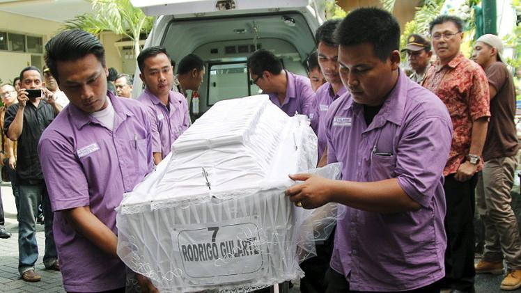 إعدام 8 من مهربي المخدرات في إندونيسيا وغضب في أستراليا والبرازيل