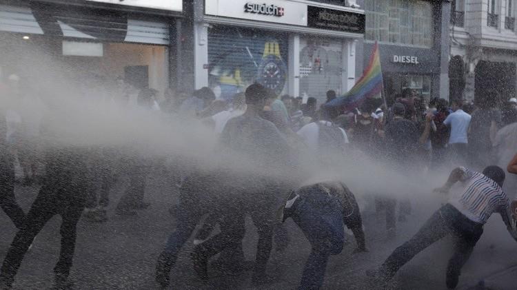 تبرئة 26 من نشطاء موجة احتجاجات عام 2013 في تركيا