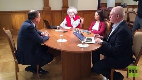 وزير الخارجية الروسي سيرغي لافروف يخص إذاعات روسية بمقابلة