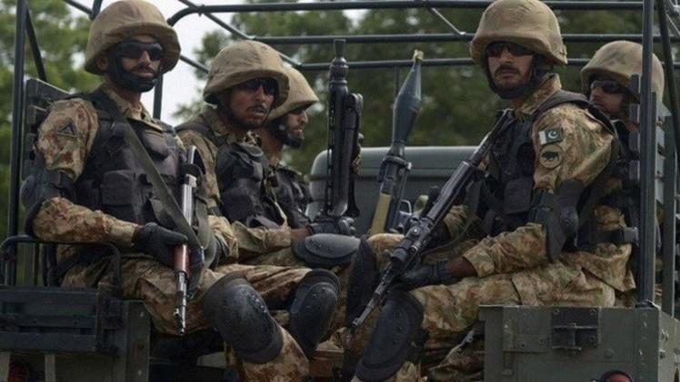 باكستان.. الجيش يعلن تصفية 27 مسلحا في مقاطعة